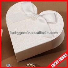 paper white decorative heart shape candy box with lace decoration