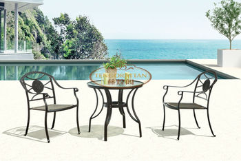 Cast aluminum table and chairs (TG0129T)