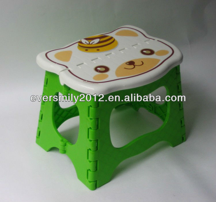 2017 new arrivals folding stool strong kids plastic chair for wholesale