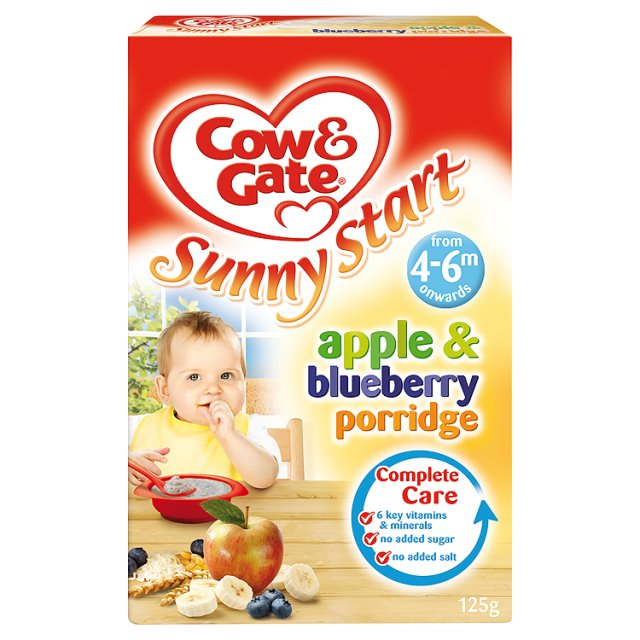 Cow & Gate Apple & Blueberry Porridge - 4 Months Onwards - Breakfast Cereal - 125g