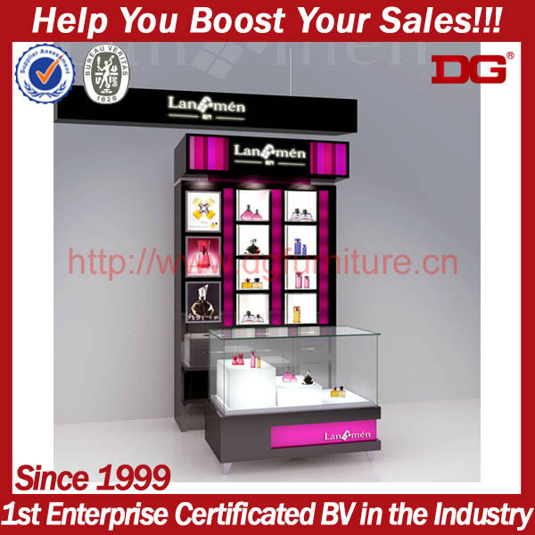 Convenience store design for cosmetic display cabinet