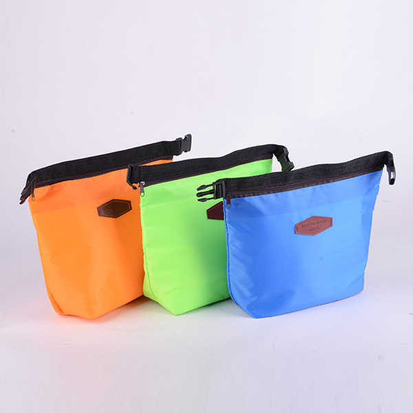 Cheapest Polyester promotional cooler bags Small Lunch bag In Yiwu