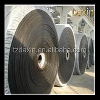 Industrial corrugated sidewall cleated conveyor belt