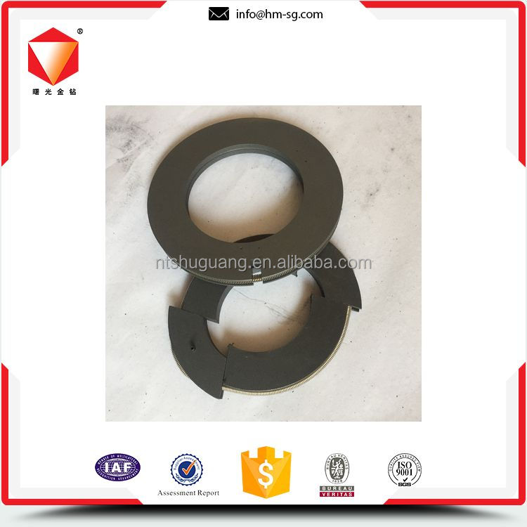 Cost-effective high-ranking graphite carbon seal ring