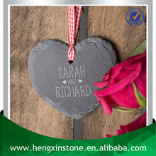 Factory Direct Price 10*9*0.5cm Heart Shape Natural Edge Slate Hanging Heart Tag Keepsake Gift (Customized Laser Design)