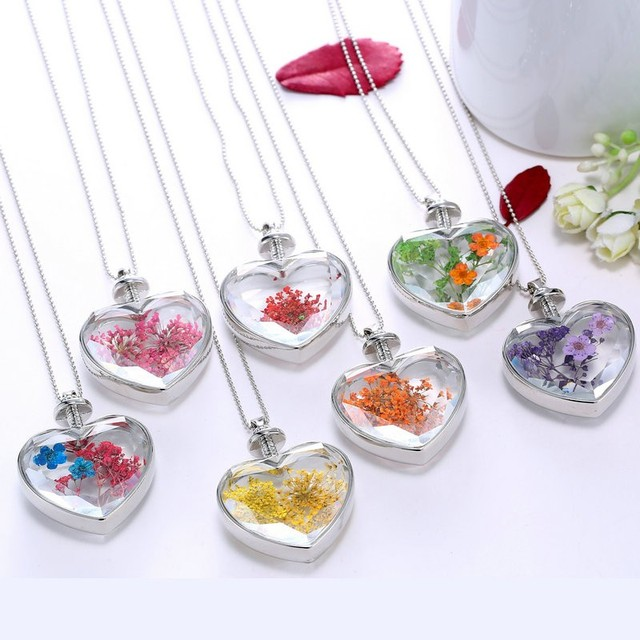 Heart-shaped pendant love crystal plants dried flowers necklace