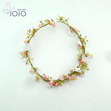 wire wreath rings with beautifu flowers made for bride