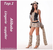 2015 newest Women's winter wear sexy 100% Polyester adult leopard costume with claw and big tail