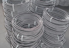Stainless steel corrugated plumbing hose pipe for water application