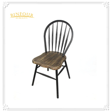 Metal iron antique Appearance Peacock Chair or Cafe Chair for Living Room Furniture
