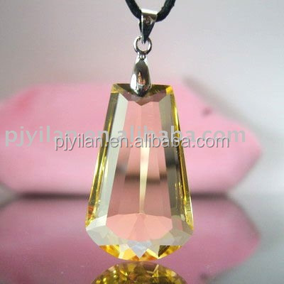 nice crystal irregular shaped crystal pendant with 3d laser engraving logo