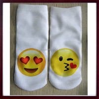 Kissing Emoji Summer Socks Pretty Girls Ankle Socks, New Style Top Cute Girls in Ankle Socks