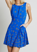 New Designed Blue Ground Yellow Printed Swingy Mini One Piece Party Dress for Young Ladies Sexy Open Back Vestidos