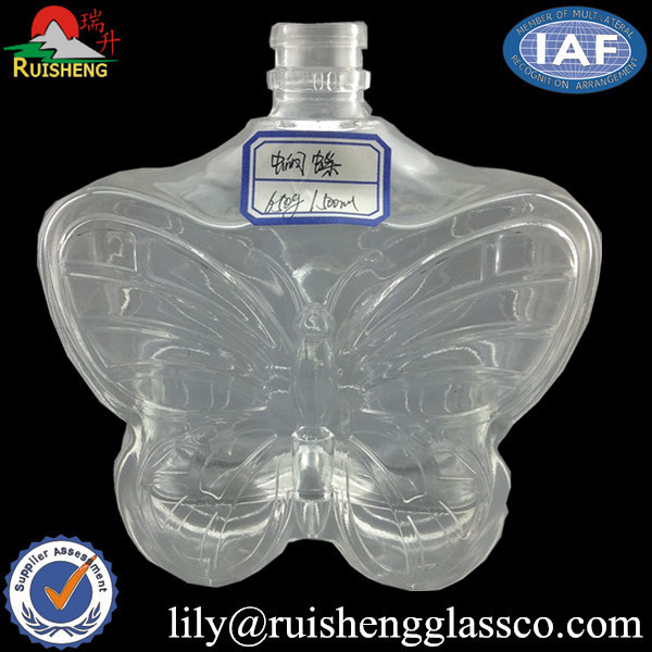 Customized Animal Shaped/Butterfly Glass Bottle for Vodka