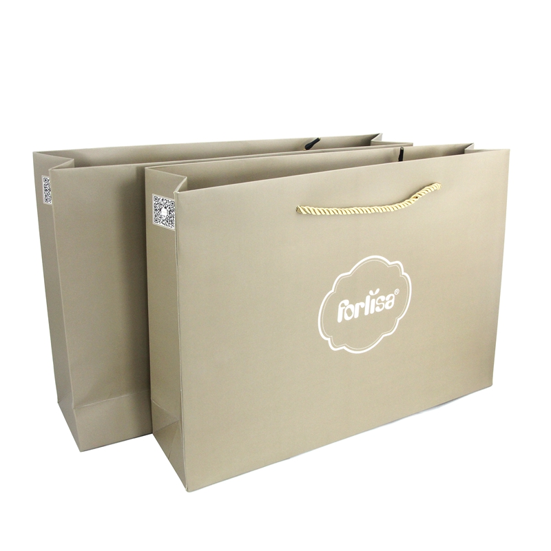 Luxury kraft paper shopping bag