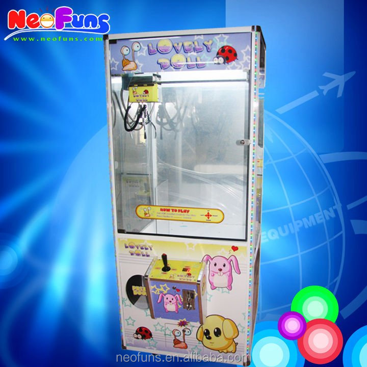 2014 New and unique Lovely Doll Crane Machine/Prize Crane Game Machine/ toy crane machine