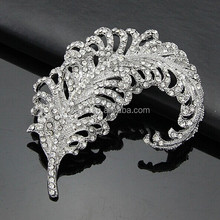 free shipping latest fashion crystal brooch crystal leaves shape brooch
