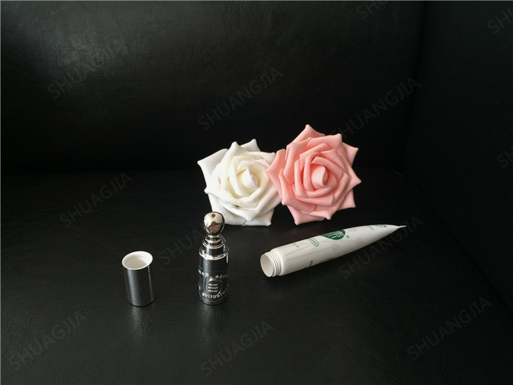 Beautiful Eye Cream Cosmetic Plastic Container