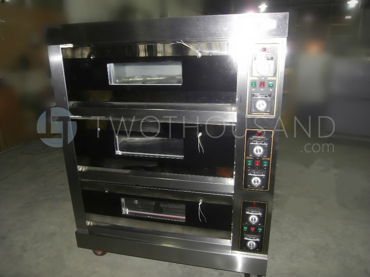 Commercial Stainless Steel Deck Oven With Steam 3 Decks Bakery Oven