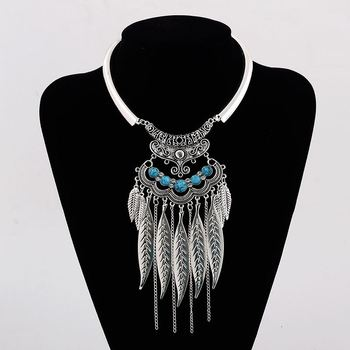 NL000130 WT Yiwu Exaggerated glossy leaves tassel metal choker wild necklace trade jewelry for women