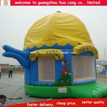 2016 Newest Wholesale Funny magic cap shaped Inflatable Jumping Castles