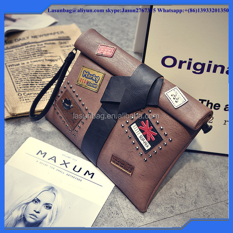 Fashionable Cartoon Lady Portable Shoulder Bag Girls Vintage Leather Messenger Bag with Bowknot