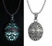 Fashion Oval Floating locket Glow in Dark Pendant Necklace Sweater Neclace Gift