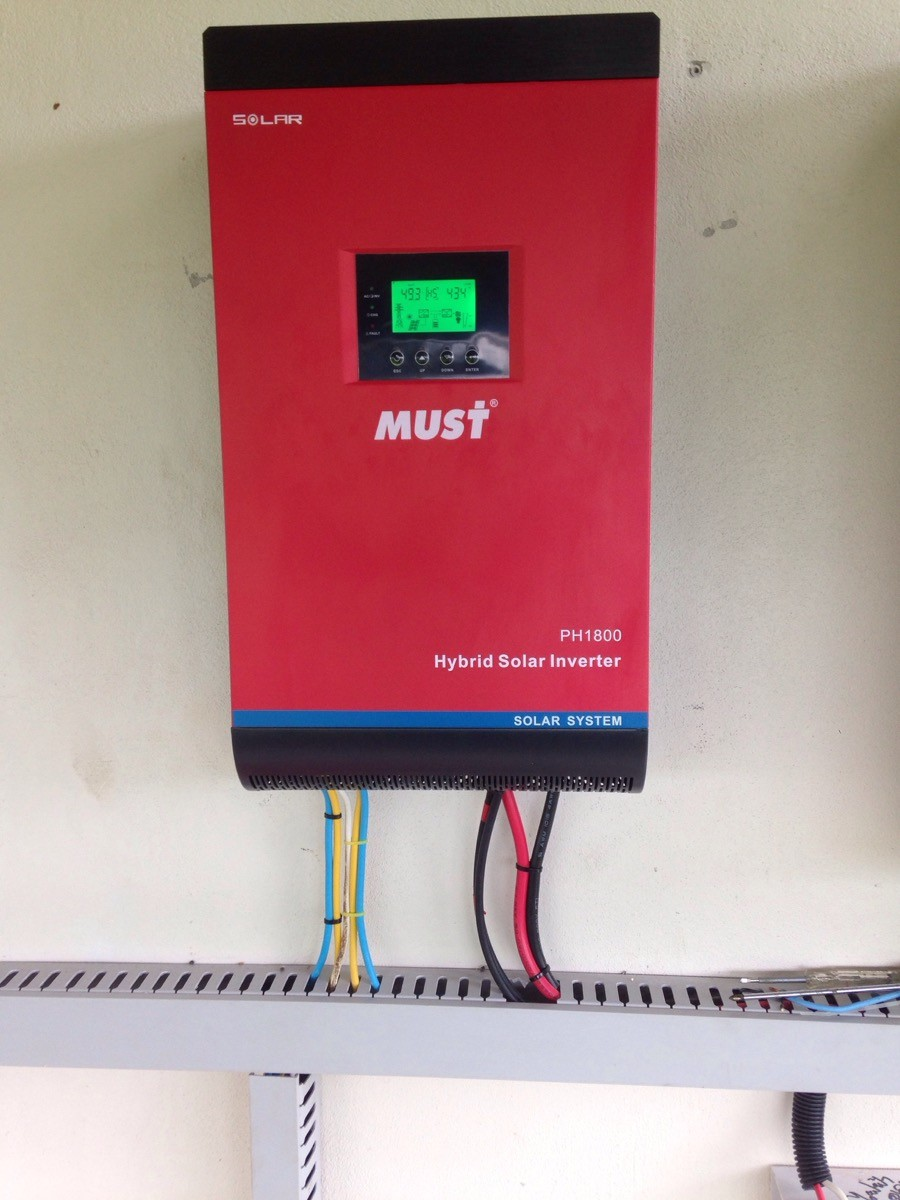 < MUST POWER>2015 HOT SALE Solar Inverter 1KVA-5KVA/High Frequency Solar inverter with MPPT Solar Charge Controller