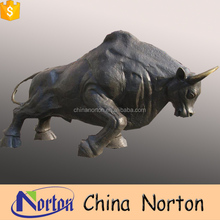 Handcraft Brass Bull Sculpture Casting Black bronze Bull Animal Statues for sale NT-BSD030