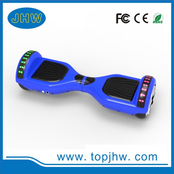 2017 good quality popular style hot sales 6.5inch 2 wheel smart balance electric skateboard with LED lights and bluetooth
