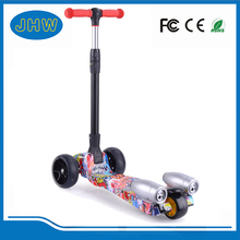 Wholesale China factory 3 wheel kick scooter Color painting board skateboards
