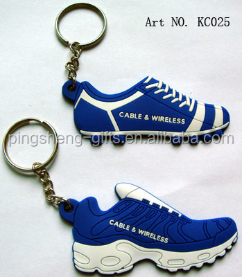 Running shoes soft pvc rubber silicone keychain