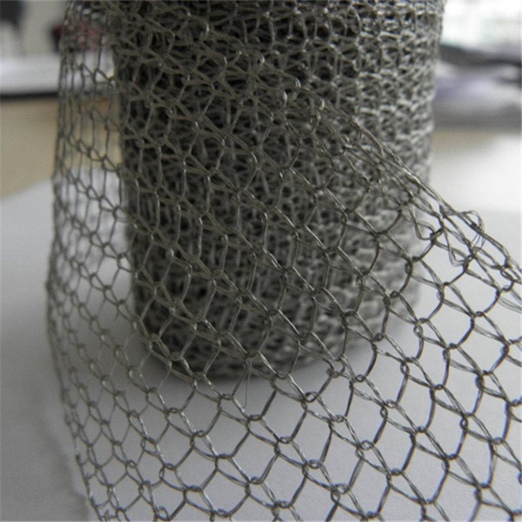 Gas-liquid filter knitted titanium wire mesh