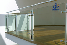 Stainless steel terrace balustrade with handrailing