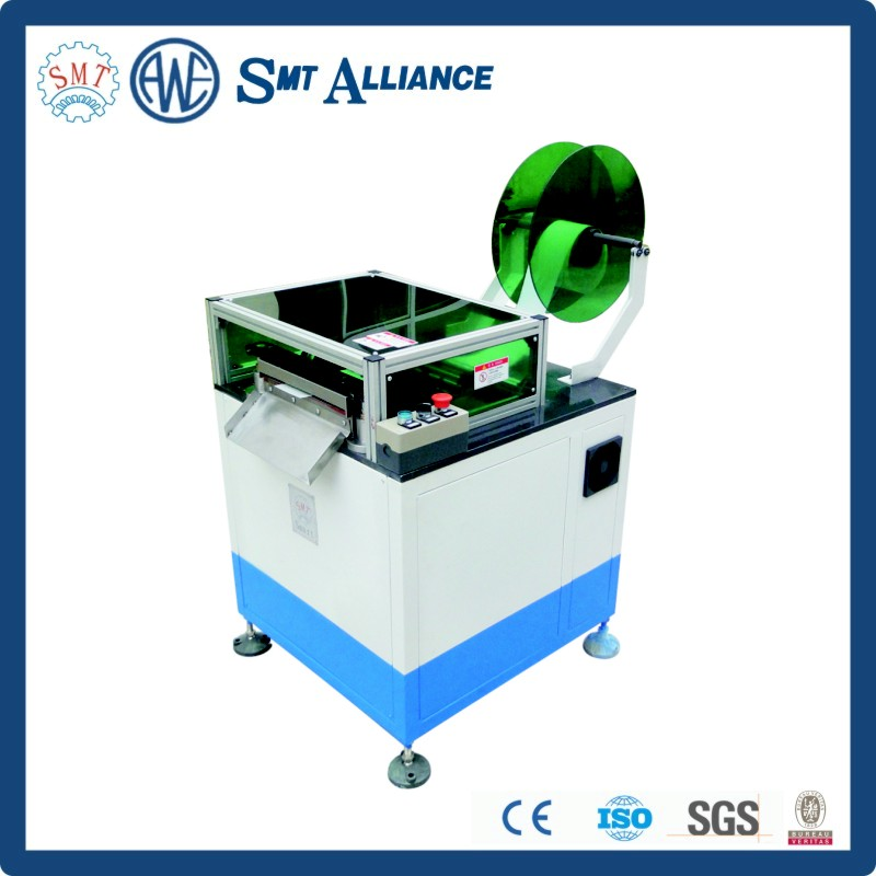 Electric motor slot paper fold machine
