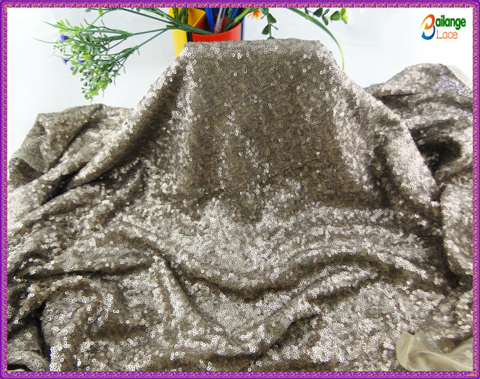 wholesale sequin and beaded fabric gold sequined fabric for party dress