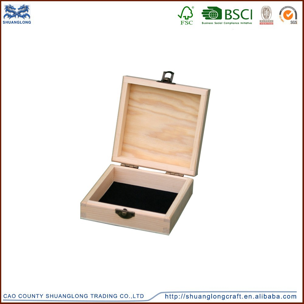Wholesale wooden lacquer jewelry packaging box, handcrafted wooden CD boxes