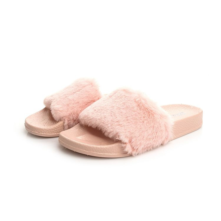 2017 Trending Products Women's Soft Flat Faux Fur Rubber Slippers