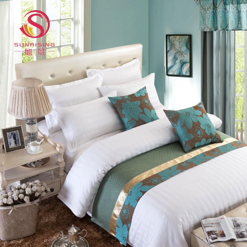 Latest best sell 100% cotton hotel collection soft bed runner bedding set