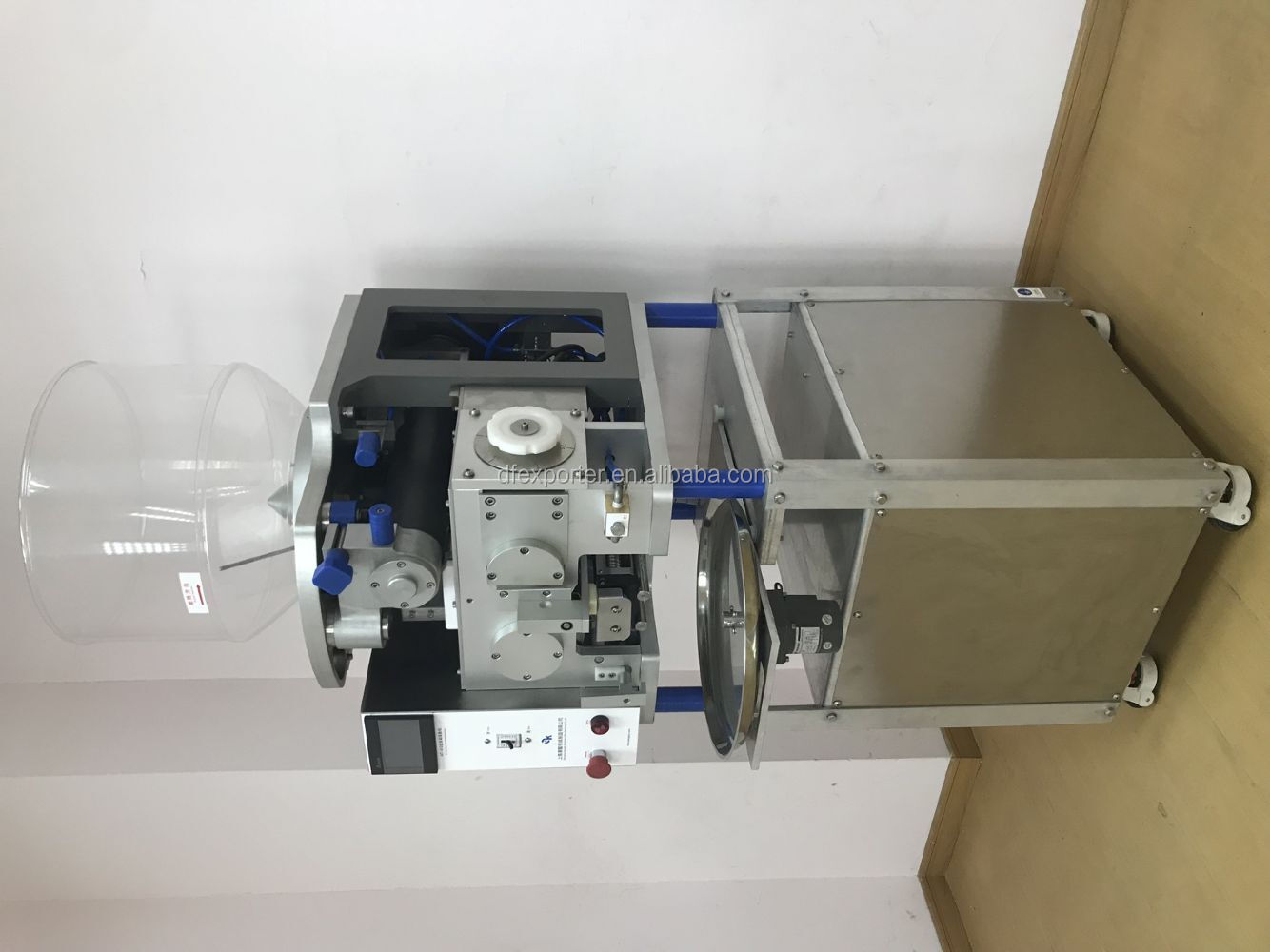 Automatic noodles machine with computer control