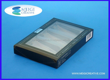 Side Tuck in Plastic Folding Box with Foil Stamping