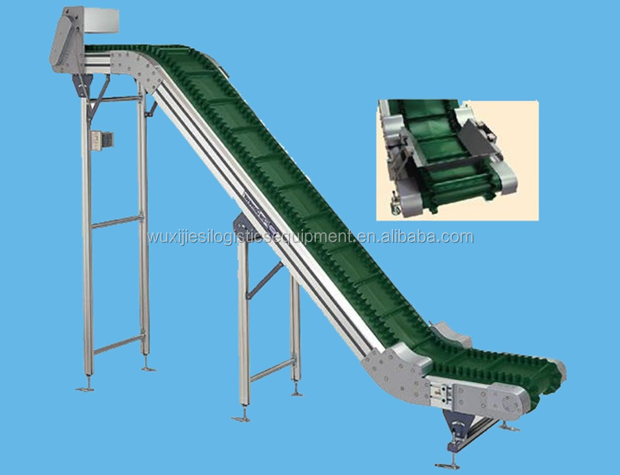 Inclined plastic modular belt conveyor