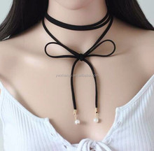new design pearl charm suede choker