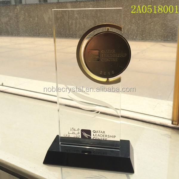 new design crystal plaque trophy with gold metal coin