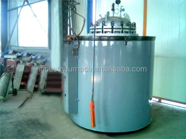 Tilt pouring oil melting furnace