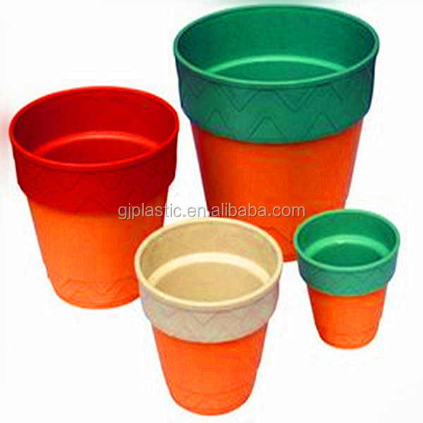 The circular plastic flowerpot,large and small plastic flowerpot