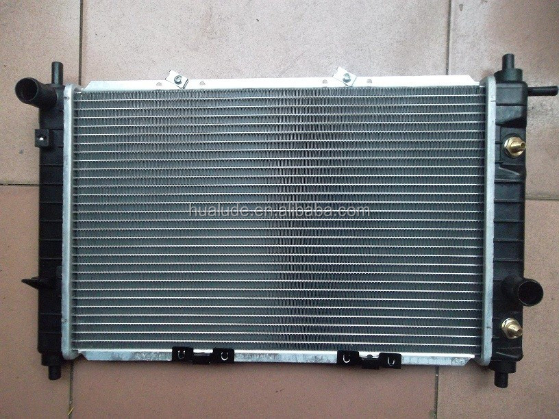 DAEWOO MATIZ ALUMINUM RADIATOR FOR CARS