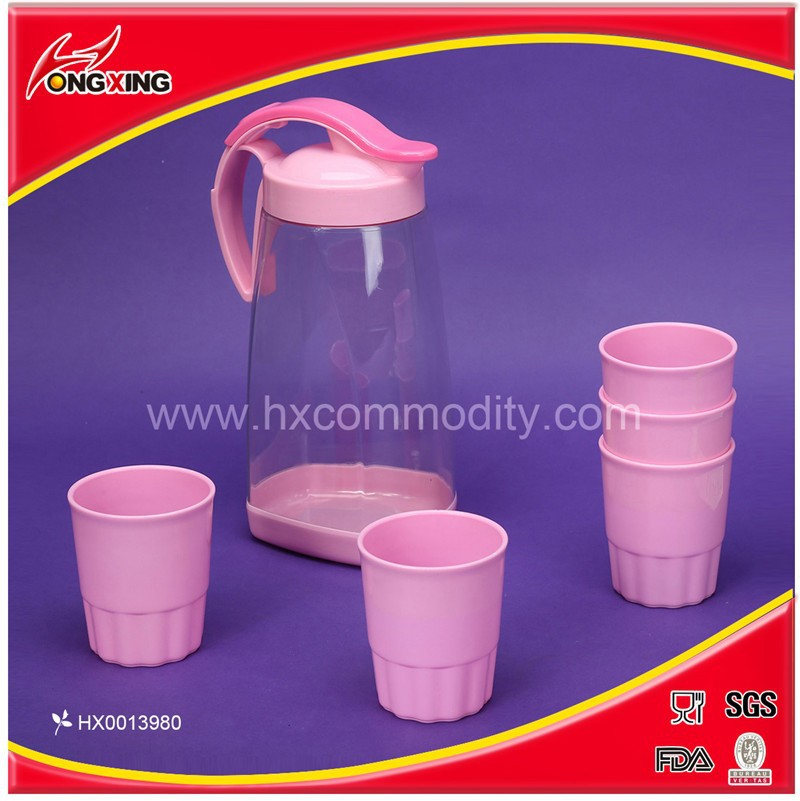 Clear plastic filtration cold water pitcher with 5 cups set