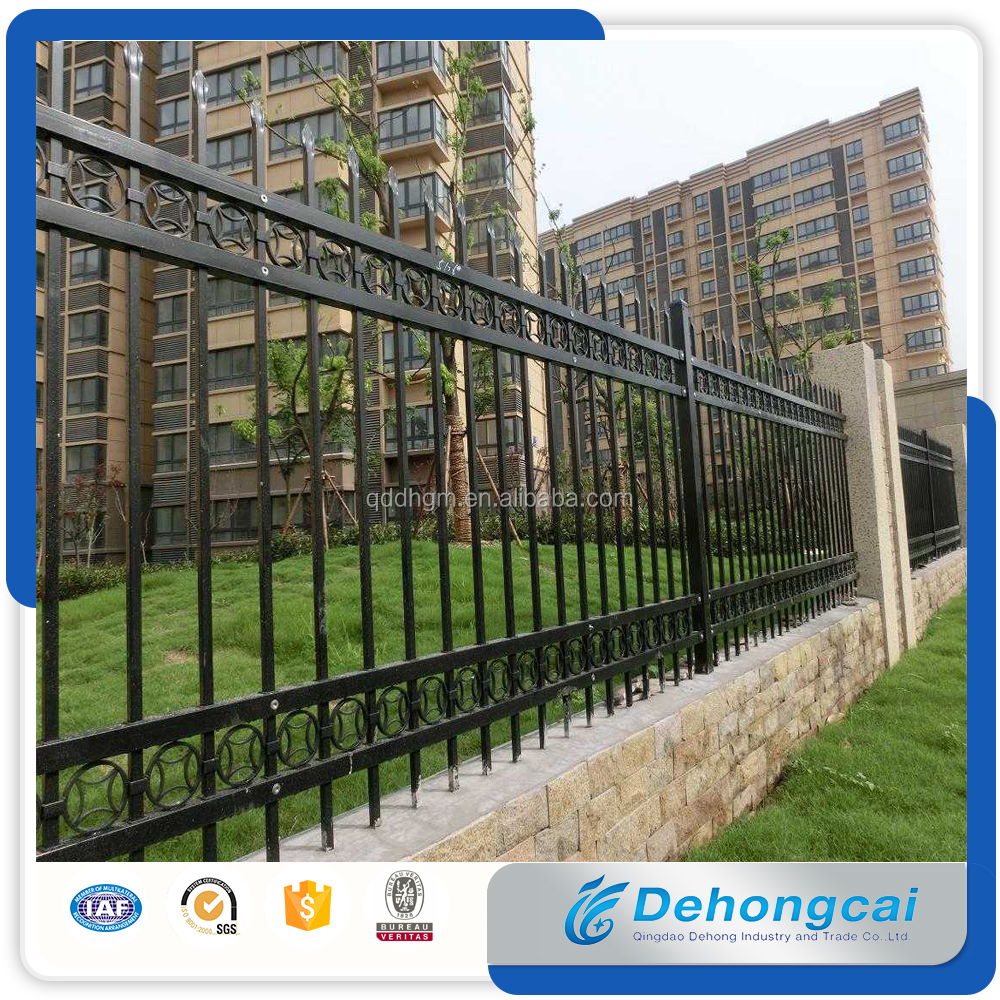Cheap Decorative Popular Wrought Iron Fence Panel Designs from China