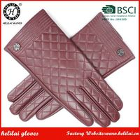 Eyelet Design Ladies Warm Diamond Embroidery and Metal Accessory Leather Gloves